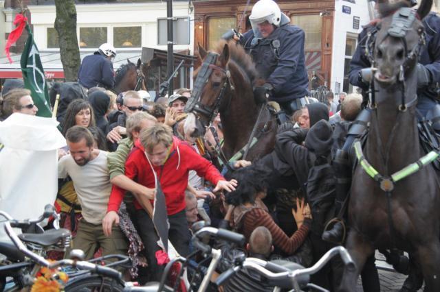 Indymedia nl nederland update demonstratie amsterdam for Demonstratie amsterdam
