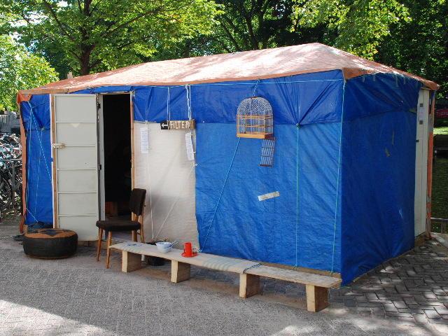 hut, decor voor theatervoorstelling FILTER